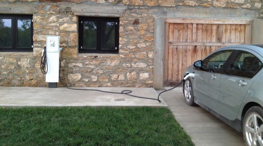 Car charging at Barn